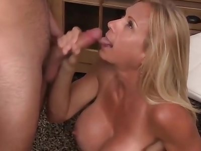 Busty Mature Wife Cheat On Will not hear of Husband With A Teenager Part 3