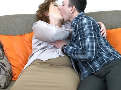 Very risqu� redhead granny wishes sex as 30 years ago