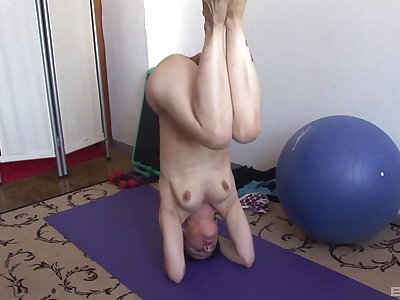 Simply adult amateur gets naked by means of her yoga set-to and masturbates