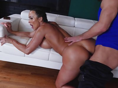 Cougar works out in serious hardcore scenes with the muscular trainer